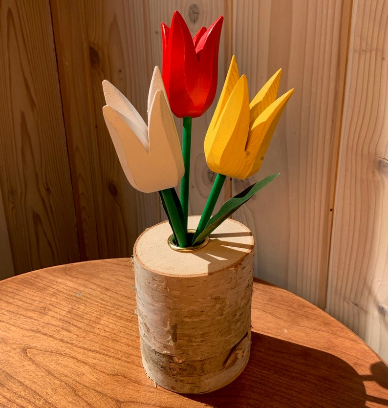 Spring Tulip Bouquet - Red